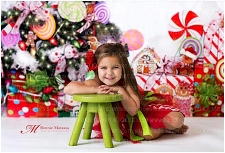 Candy Tree Christmas 1 (with white wall) - 60x80 Fleece (Horizontal Design)