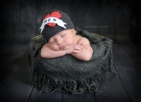 (TP) Mom | Love Tattoo Heart Newborn Hat