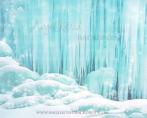 Frozen 4 - 10x8 Polyester (Horizontal Design)