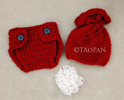 (TP) Holiday Hat and Flower Set