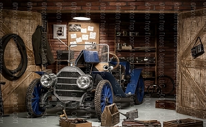 Vintage Garage 2 (Horizontal Design)